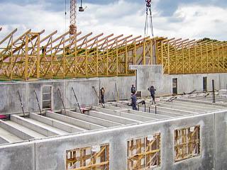 Einsatz der Doppelwand plus im Stallungsbau